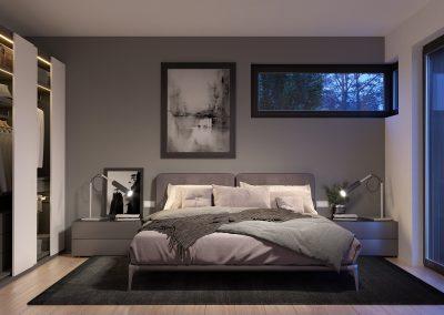 Hovedsoverommet er luftig og stort, med god oppbevaringsplass til klær.  Fra soverommet har du også utgang til en flott hage hvor du kan nyte den friske luften.